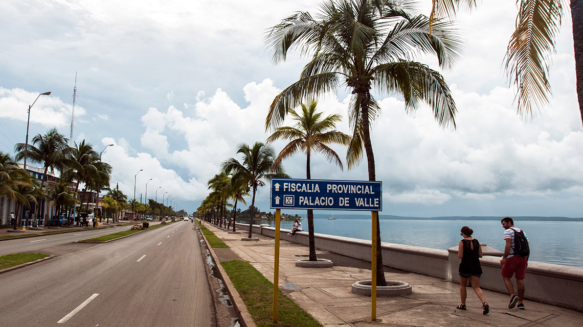 Cienfuegos's Malecon, a nice avenue by the Caribbean Sea perfect for scenic cycling