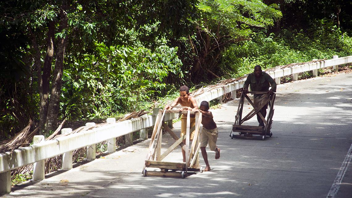 Kids playing downhill in La Farola