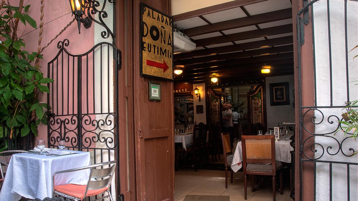 Main door to Doña Eutimia paladar