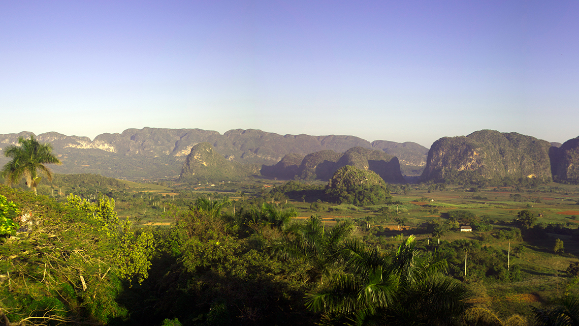 Amazing view, from Los Jazmines, of Vinales Valley