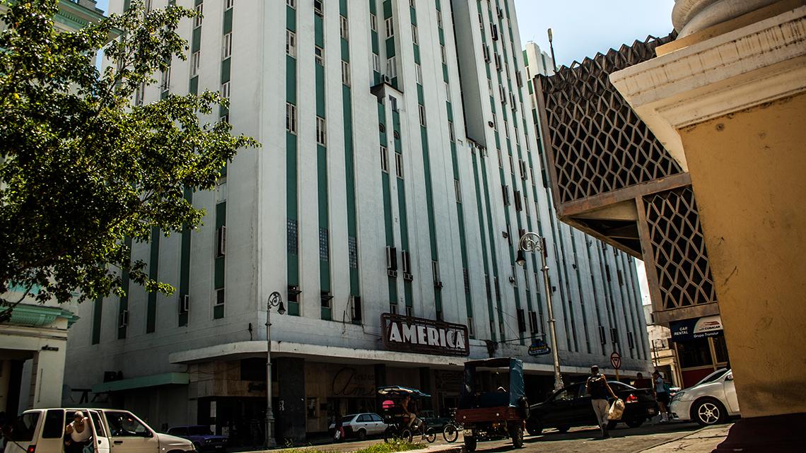 America Theatre in Havana Centro