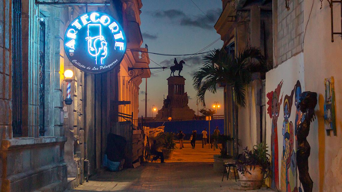 Arte Corte right at the begining of Callejon de los Peluqueros in Old Havana