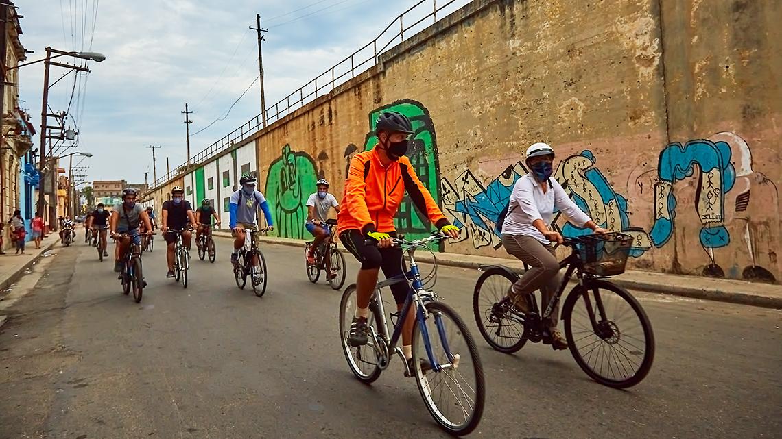 Havana's Critical Mass riding in Cayo Hueso neighborhood, Havana
